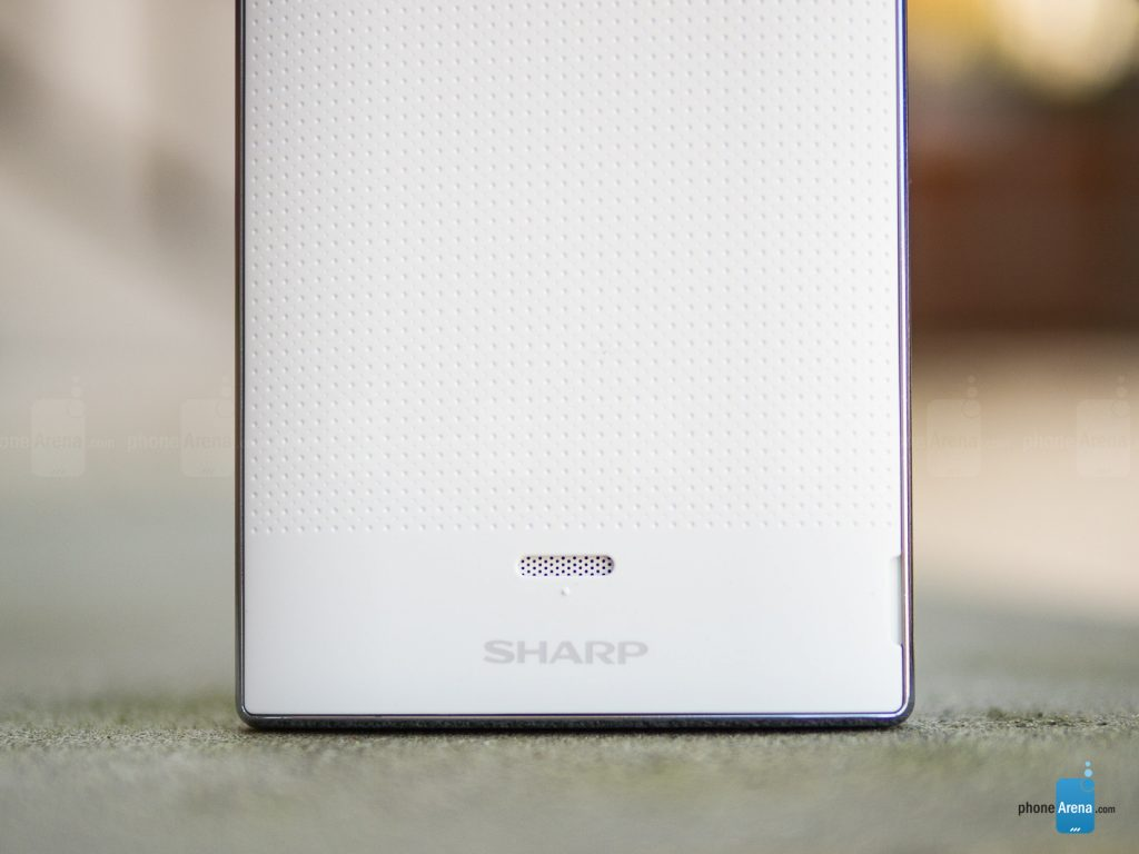 Sharp-AQUOS-Crystal-Review-011