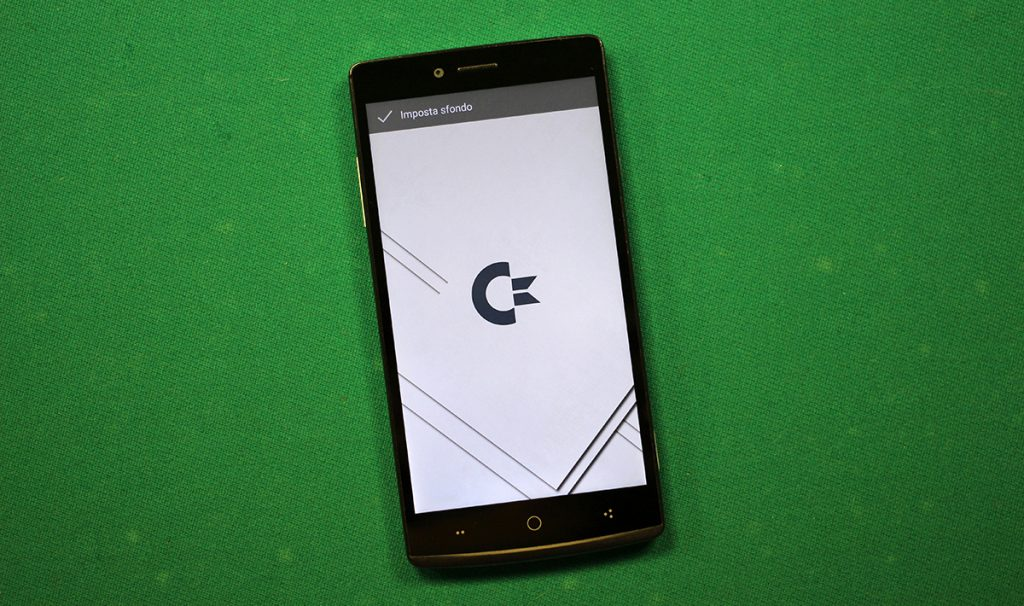 Commodore-PET-smartphone-3